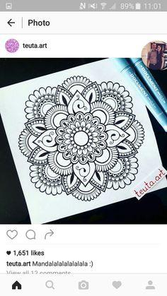 Drawing pencil simple tekenen 25 ideas for 2019 Easy Mandala Drawing, Mandala Doodle, Simple Mandala, Mandala Artwork, Doodle Art, Outline Drawings, Cool Art Drawings, Pencil Drawings, Doodle Patterns