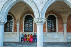 People Resting by Stéphanie Masson on 500px - Tourists resting on a bench near the Doges Palace in Venice.