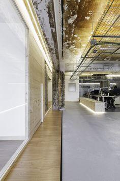 Oficinas Iconweb. Proyecto: Nan Contract / Nan arquitectos Fotografías: Iván Casal Nieto
