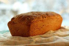 Tätä leipää teemme monta kertaa viikossa. Se on hyvää, mutta myös todella helppo ja nopea tehdä. Leipä vaatii vain nopean kohoamisen eikä ju... Bread Recipes, Food, Eten, Meals, Diet