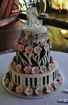 Three fondant covered tiers create a smooth backdrop for this handpainted wedding cake. Pretty Cakes, Cute Cakes, Beautiful Cakes, Amazing Cakes, Music Themed Cakes, Music Cakes, Wedding Cake Designs, Wedding Cakes, Fondant Cakes