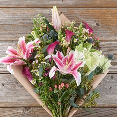This colorful mix of kale, pink calla lilies and chamelaucium flowers should be just your type! Order today with our nationwide delivery service. Valentines Day Dinner, Valentines Gifts For Him, Valentine Day Cards, Be My Valentine, Instead Of Flowers, Subscription Gifts, Wax Flowers, Candy Bouquet, Shopping Day