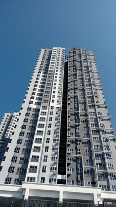 For Sale: The Wharf Residence Condo,Tmn Tasik Prima, Puchong Location: Puchong, Selangor Type: Condo/Serviced Residence Price: RM398000 Size: 829 sqft  SC 0166605170