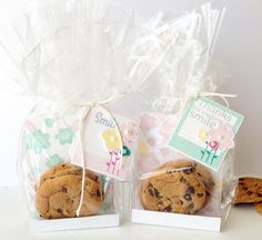 Smile Cookie Bags by Danielle Flanders for Papertrey Ink (March 2014)