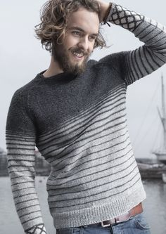 Handgestrickte Pullover, Hand Knitted Sweaters, Mens Fall, Knitting Designs, Hand Knitting, Boy Outfits, Knitwear, Knitting Patterns, Knit Crochet