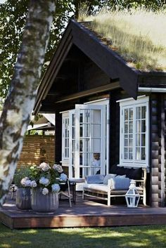 French doors to raised deck - Norwegian cottage Cozy Cottage, Cottage Style, Garden Cottage, Cottage Porch, House Porch, Lake Cottage, Outdoor Rooms, Outdoor Living, Outdoor Kitchens