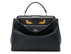 Le Peekaboo maléfique de Fendi http://www.vogue.fr/mode/le-sac-du-week-end/diaporama/le-peekaboo-malefique-de-fendi-bag-bugs/16008