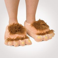 Slippers from the Shire - I so need hobbits feets!