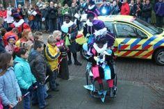 Sinterklaas 2006 Anne Frankschool 035
