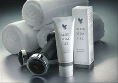 MSM stands for Methyl Sulfonyl Methane, and is combined with pure, stabalised aloe vera. This pleasent smelling gel soothes joints and muscles and has a non-staining formula. Aloe MSM Gel has now been certified by HFL Sports Science!