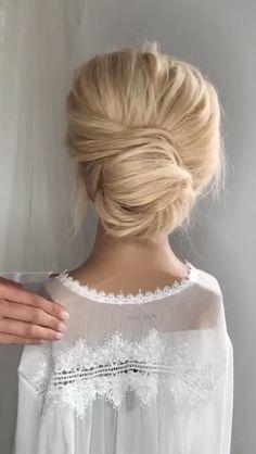 TOP LOW BUN HACKS #weddinghairstyles #hairstyles Bun Hairstyles For Long Hair, Pretty Hairstyles, Braided Hairstyles, Wedding Hairstyles, Medium Hair Styles, Short Hair Styles, Hair Upstyles, Hair Videos, Hair Hacks