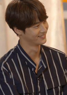 Yang Se Jong #ThirtyButSeventeen #3017 Man Crush, Asian Men, I Fall In Love, Korean Actors, Kdrama, Crushes, Angels, Gifs, Husband