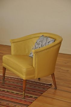 Mid Century Yellow Club Chair - Trevi Vintage Design