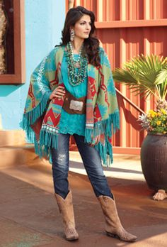 Love this outfit! Lodge Decor-Rustic Cabin Decor-Southwestern Home Decor-Log Cabin Decor-Antler Lighting - Trade Blanket Shawl Hippie Chic, Style Hippy, Estilo Hippie, Bohemian Style, Boho Chic, My Style, Boho Gypsy, Bohemian Jewelry, Style Cowgirl