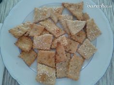 Slané syrovo-šunkové krekry (fotorecept) - recept   Varecha.sk Pizza, Bread, Food, Basket, Breads, Hoods, Meals, Bakeries
