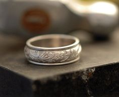 Floral Spinner Ring in Polished Sterling Silver - Made to Order - Free Shipping in the U.S. by plyeffects on Etsy https://www.etsy.com/listing/64951366/floral-spinner-ring-in-polished-sterling