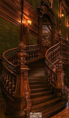 Stairs Design Ideas Awesome Heavens New Ideas Victorian Interiors, Victorian Architecture, Beautiful Architecture, Beautiful Buildings, Victorian Homes, Interior Architecture, Beautiful Homes, Beautiful Places, Architecture Tools