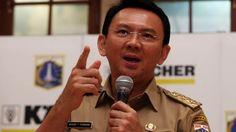 Gubernur DKI Jakarta Basuki Tjahaja Purnama (Ahok) curiga ada permainan dalam menentukan penerima rusun Rawa Bebek untuk korban gusuran Bukit Duri, Jakarta Selatan.