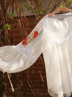 Traditional Wedding Dresses, Belize, Outdoor Furniture, Outdoor Decor, Hammock, Costume, Home Decor, Style, Places