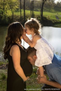 family maternity photo..maternity idea for our second baby