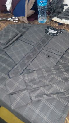 African Wear Styles For Men, African Dresses For Kids, African Attire For Men, African Clothing For Men, African Shirts, Nigerian Men Fashion, African Men Fashion, African Fashion Dresses, Yomi Casual