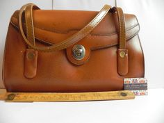 woman purse leather marron  1970/80 big 6 by CuriositesdeSophie