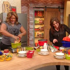 10 quick tortellini meals!!! love some of these ideas! Sunny Anderson Shows You 10 Instant Suppers   Rachael Ray Show