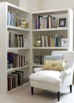 Two book cases = reading nook :). Nice clean and simple design. All we need now is a cup of tea with a good book. Home Living Room, Living Room Furniture, Corner Nook, Corner Space, Home Library Design, Book Design, Design Design, Bookshelf Plans, Study Nook