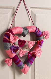 Ravelry: Heart Wreath pattern by Sharon Mann