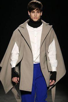 Edgar Carrascal Fall/Winter 2016-17 - 080 Barcelona Fashion