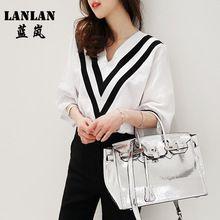 Estilo coreano Designer Tops Chiffon Blusa Verão Blusa Feminina Casual Com Decote Em V Listrado Trabalho Blusas Com Decote Em V Camisa Branca Mulheres Topos(China (Mainland))