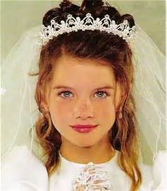 hair styles for teenage girls communion updos hair style communion hairstyles 6908 | 6908d930b156e4072cbc48478a16b052 first communion veils first holy communion