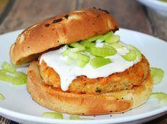 White Bean Buffalo Ranch Burger #Vegan - TheVegLife