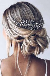 Stunning Wedding Hairstyles For The Elegant Bride - Page 3 of 50 - SooPushHairstyle, wedding hairstyle, wedding, elegant hairstyle.Gorgeous wedding hairstyles for the elegant bride - bride elegant high . Bridal Hairdo, Hairstyle Wedding, Hairstyle Ideas, Casual Wedding Hairstyles, Bridal Hair Updo With Veil, Bridal Updo Hairstyles, Medium Length Wedding Hairstyles, Hairstyles For Weddings, Prom Hairstyles All Down