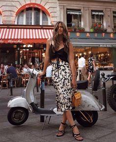 Summer Dresses - Sun Beach & Sundresses for women Fashion Brand, Boho Fashion, Girl Fashion, Womens Fashion, Ladies Fashion, Fashion Clothes, Fashion Accessories, Vespa Girl, Scooter Girl