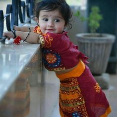 So Cute Baby, Cute Baby Girl Photos, Cute Kids Pics, Cute Little Baby Girl, Cute Baby Pictures, Baby Boy Pics, Adorable Babies, Indian Baby Girl, Cute Baby Girl Wallpaper