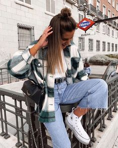 Winter Mode Outfits, Trendy Fall Outfits, Cute Comfy Outfits, Winter Fashion Outfits, Retro Outfits, Look Fashion, Stylish Outfits, Cool Outfits, Casual School Outfits