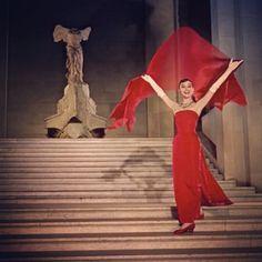 Audrey Hepburn at the Louvre - via Nina Garcia