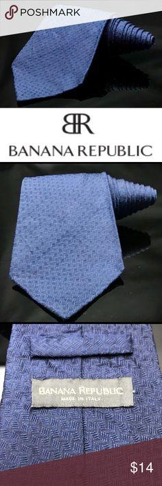 BANANA REPUBLIC Raw Silk Blue Solid Tie BANANA REPUBLIC Raw Silk Blue Solid Tie Banana Republic Accessories Ties