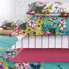 Joules Bedding , Cambridge Floral Cushion, 25 x Creme Floral Cushions, Bed Cushions, Green Bedding, Floral Bedding, Cushion Inspiration, Interior Design Inspiration, Green Bed Linen, Green Duvet Covers, Modern Country Style