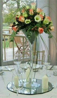 Learn a few of the most beneficial ideas on the best way to get less expensive wedding flowers without breaking the bank. Wedding Table Decorations, Flower Decorations, Wedding Centerpieces, Wedding Bouquets, Wedding Flowers, Christmas Decorations, Martini Glass Centerpiece, Glass Centerpieces, Centrepiece Ideas