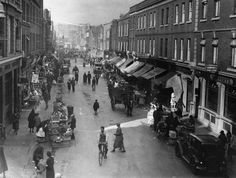 Moore Looking towards Parnell Street. Dublin Ireland, Ireland Travel, Old Pictures, Old Photos, Scotland History, Ireland Homes, Photo Engraving, Emerald Isle, Book Of Life