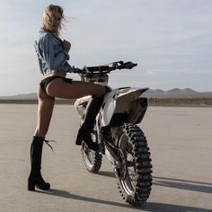 "fresh-models: ""Olivia Paladin motorcycle in the desert """