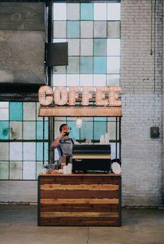 Coffee Cart/Barista 10 Delicious Ideas for a Brunch Wedding Small Coffee Shop, Coffee Shop Design, Hipster Coffee Shop, Kiosk Design, Cafe Design, Booth Design, Espresso Bar, Mein Café, Coffee Trailer