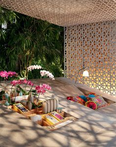 Historically preserved mansion gets eclectic makeover Spa Interior, Interior And Exterior, Interior Design, Decorative Metal Screen, Gazebos, Sala Grande, Famous Buildings, Restaurant Concept, Outdoor Spaces