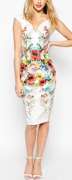 Pretty print #vestido #tubinho #decote #estampa #flores