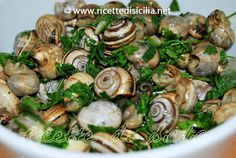 Babbaluci-[snails]-garlic-and-parsley