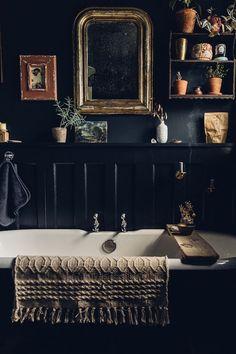 shabby chic bathroom styling I house plants and vintage brass mirror I dark wall. - shabby chic bathroom styling I house plants and vintage brass mirror I dark wall.