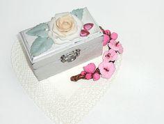 Shabbychic  Personalized Proposal ring box by JoliefleurDeco, $25.00 https://www.etsy.com/treasury/NTM5ODkzNXwyNzI1OTQ4NjYw/april-showers-june