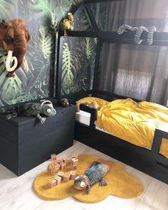 Jungle kamer - Apocalypse Now And Then Baby Bedroom, Baby Boy Rooms, Kids Bedroom, Toddler Boy Bedrooms, Boys Jungle Bedroom, Creative Kids Rooms, Cool Kids Rooms, Kids Room Design, Kid Spaces